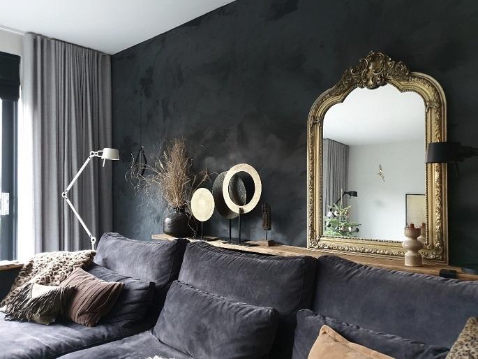 zwarte muur kuifspiegel