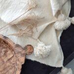 witte pomponplaid