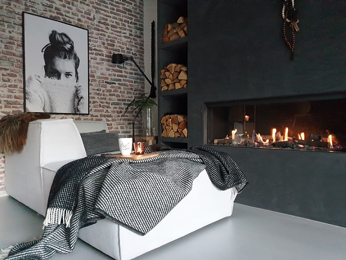 relaxen in de woonkamer op the jagger van riviera maison