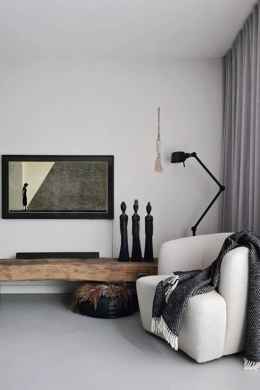 witte fauteuil charlotte eleonora boucle stof wooninspiratie huizedop
