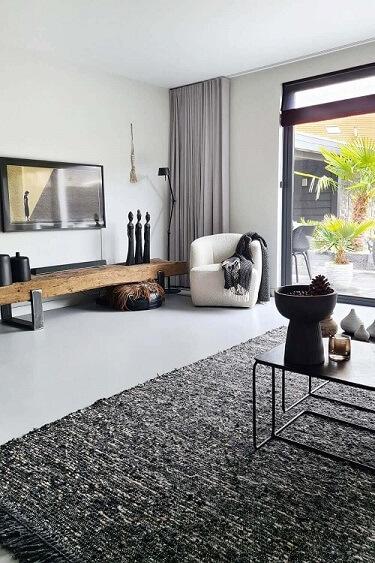 salontafel tv hoek idee witte fauteuil